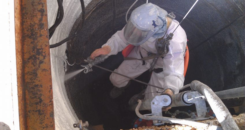 Spraying Ultracoat in ring shaft